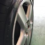 殆どの低燃費タイヤが、軽量化の為リムガードが着いて無いのですが、ワイドオーバルにはしっかりと着いております。このサイドの形状が、個人的には好きなんですがね~。