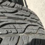 :タイヤ溝、充分あり