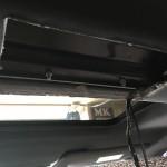 内装パネルはカッターで簡単に切り込む事が出来ますが、奥のプラスティックを切るのが少し難関でした。